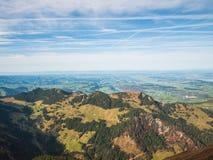 Vista di autunno delle alpi svizzere nella regione di Lucerna Fotografia Stock Libera da Diritti