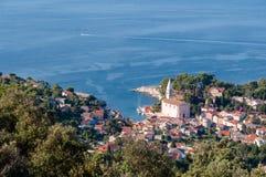Vista di Beli Losinj dalla cima della collina Immagini Stock Libere da Diritti