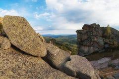 Vista di bellezza in montagne di Altai Immagine Stock