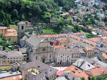 Vista di Bellinzona dal castello in Svizzera Fotografia Stock Libera da Diritti