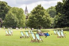 Vista di Big Ben dal parco di St James fotografia stock