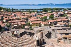 Vista di Bolsena. Il Lazio. L'Italia. Fotografia Stock