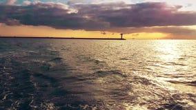 Vista di Bosphorus dal traghetto archivi video