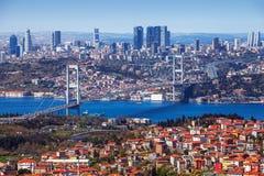 Vista di Bosphorus dalla collina di Camlica immagine stock libera da diritti