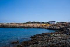 Vista di Cala Croce a Lampedusa fotografia stock libera da diritti