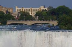 Vista di cascate del Niagara Immagini Stock Libere da Diritti