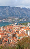 Vista di Città Vecchia e di una baia di Cattaro, Montenegro Fotografia Stock Libera da Diritti
