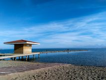 Vista di estate del lago Issyk-kyl fotografia stock libera da diritti