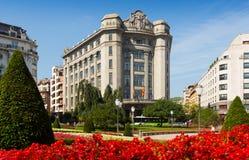 Vista di estate del quadrato di Moyua a Bilbao Fotografie Stock