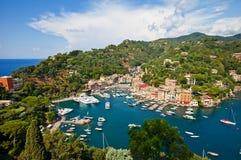 Vista di estate della città di Portofino Immagine Stock