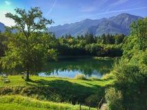 Vista di estate di poco lago in Bad Reichenhall Immagini Stock