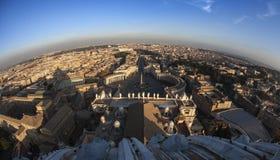 Vista di Fisheye di Roma dalla cima di St Peter Fotografia Stock