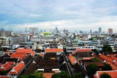 Vista di giorno della città di Bangkok con il tempio principale Immagine Stock Libera da Diritti