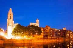 Vista di Girona nel tempo di sera Fotografia Stock