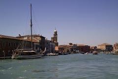 Vista di grande canale di isola di Murano Fotografie Stock