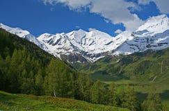 Vista di Grossglockner nelle alpi austriache Fotografia Stock