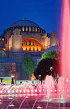 Vista di Hagia Sofia o di Ayasofya alla notte, Costantinopoli Fotografia Stock