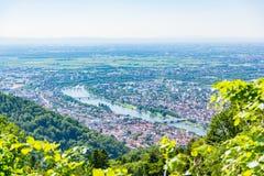 Vista di Heidelberg sopra il paesaggio E della Baden-Wuerttemberg il fiume Neckar Fotografia Stock