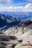 Vista di Himalay dal passaggio di NamnungLa, Ladakh, India Fotografia Stock