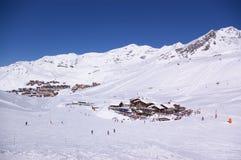 Vista di inverno della stazione sciistica Immagine Stock