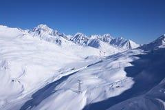 Vista di inverno della stazione sciistica Fotografie Stock Libere da Diritti