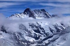 Vista di Jungfrau con le nuvole, Svizzera. Immagine Stock