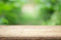 Vista di legno all'aperto della tavola Fotografie Stock