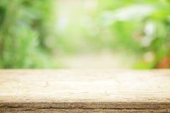 Vista di legno all'aperto della tavola Immagini Stock