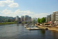 Vista di Malaya Nevka e del ponte di Lazarevsky fotografia stock