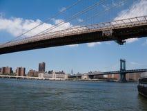 Vista di Manhattan e dei ponti di Brooklyn Fotografia Stock Libera da Diritti