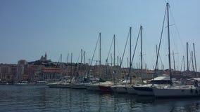 Vista di Marsiglia e delle sue barche immagine stock