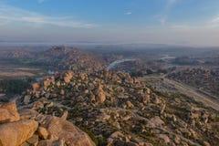 Vista di mattina dalla cima di Hampi Immagini Stock