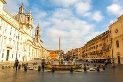 Vista di mattina della piazza Navona a Roma fotografia stock libera da diritti
