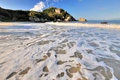 Vista di mattina della spiaggia del mare Immagini Stock