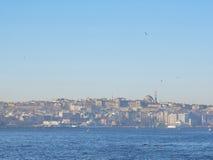 Vista di mattina dello stretto di Costantinopoli Bosphorus Fotografia Stock Libera da Diritti