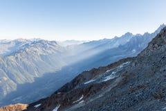 Vista di mattina su Chamonix-Mont-Blanc Fotografia Stock Libera da Diritti