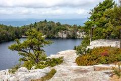 Vista di Minnewaska del lago Fotografia Stock Libera da Diritti
