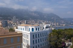 Vista di Monte Carlo e del Monaco dal museo dell'oceano del Monaco Fotografia Stock Libera da Diritti