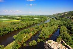 Vista di Morava dal castello di Devin, Slovacchia Fotografia Stock