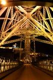 Vista di Nigth del ponte dei DOM LuÃs I, Oporto, Portogallo Fotografia Stock