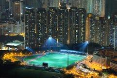 Vista di notte del campo di football americano fotografia stock libera da diritti