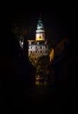 Vista di notte del castello di Cesky Krumlov Immagine Stock Libera da Diritti