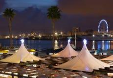 Vista di notte del lungomare di Malaga Fotografia Stock