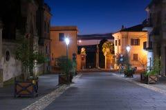 Vista di notte del magliano Sabina, Italia Fotografia Stock