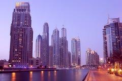 Vista di notte del porticciolo del Dubai Fotografie Stock Libere da Diritti