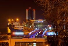 Vista di notte del porto marittimo di Odessa Immagini Stock Libere da Diritti