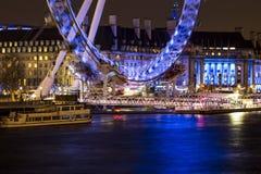 Vista di notte dell'occhio di Londra Fotografie Stock Libere da Diritti