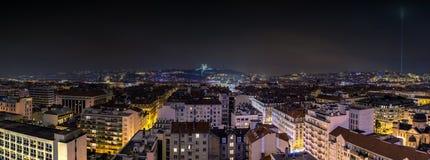 Vista di notte della città a Lione, Francia Fotografia Stock Libera da Diritti