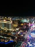 Vista di notte della striscia di Las Vegas, luci del nord immagine stock
