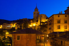 Vista di notte delle case pittoresche in Albarracin Fotografia Stock Libera da Diritti
